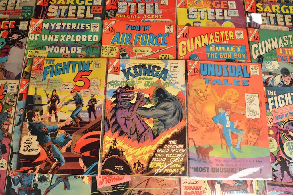 (33) CDC Comics Comic Books - Mixed Titles - 10