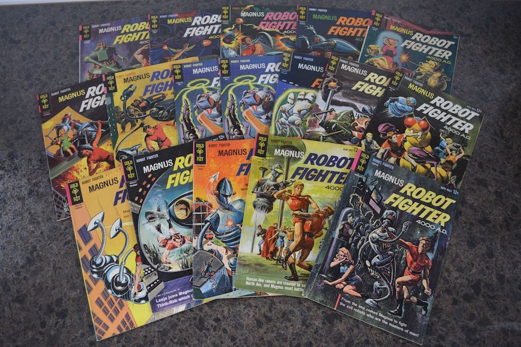 (17) Gold Key Magnus Robot Fighter 4000 A.D Comic Books