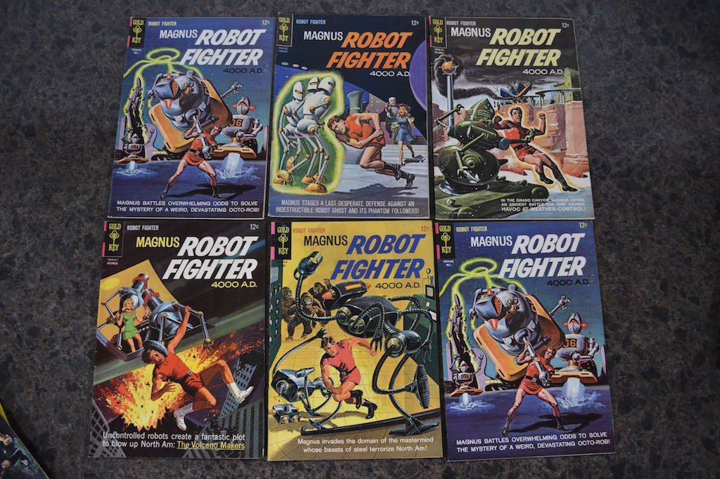 (17) Gold Key Magnus Robot Fighter 4000 A.D Comic Books - 3