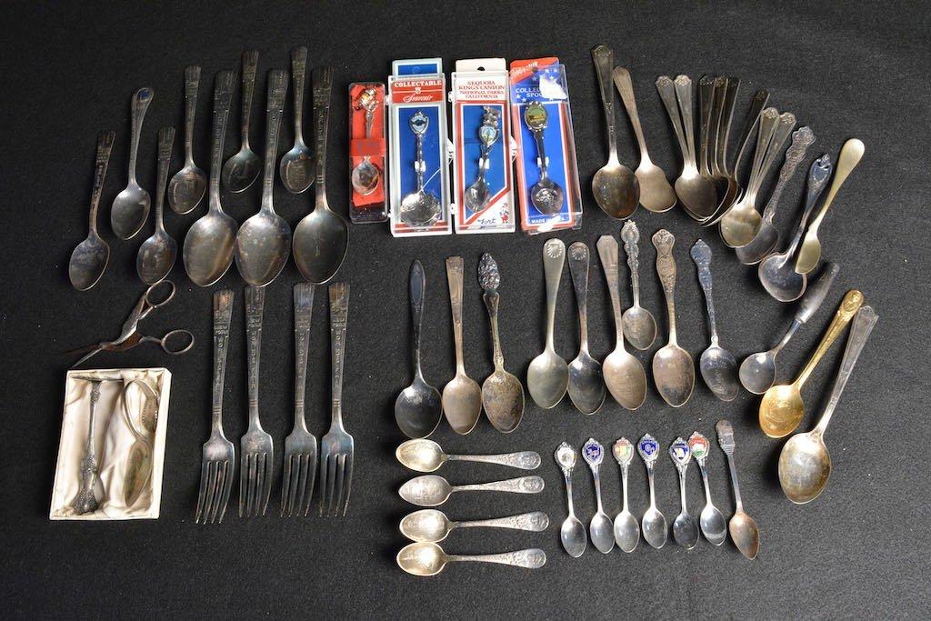 1939 N.Y. World's Fair Spoons, Souvenir & Silver Plated