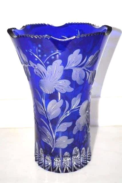 BEAUTIFUL Cobalt Cut To Clear Vase