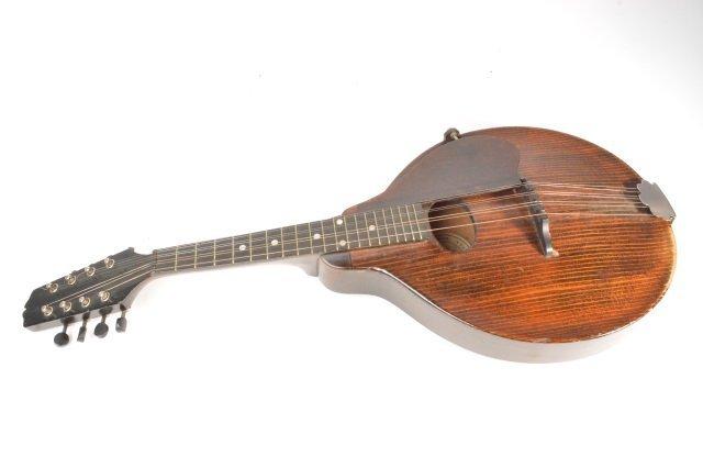 Gibson Jr Style A-Jr Mandolin - 2