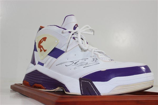 Shaquille O' Neal Signed Shoe In Case