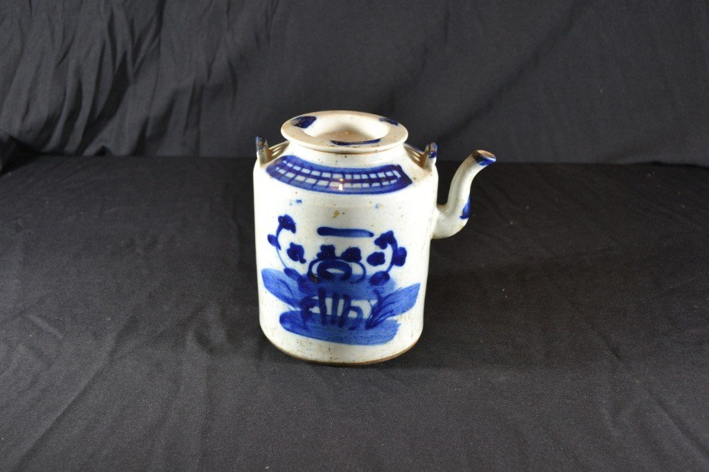 110: chinese teapot