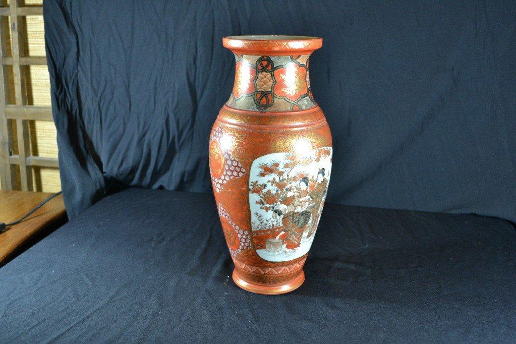 114: japanese imari vase