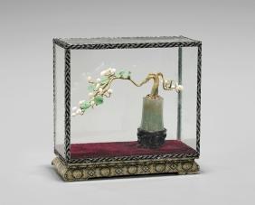 CHINESE CARVED JADEITE & PEARL 'TREE'