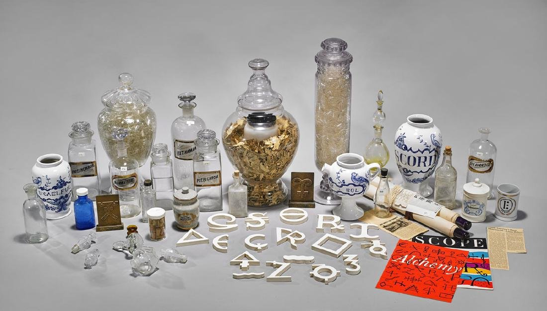 CHEMIST'S CERAMIC AND GLASSWARE