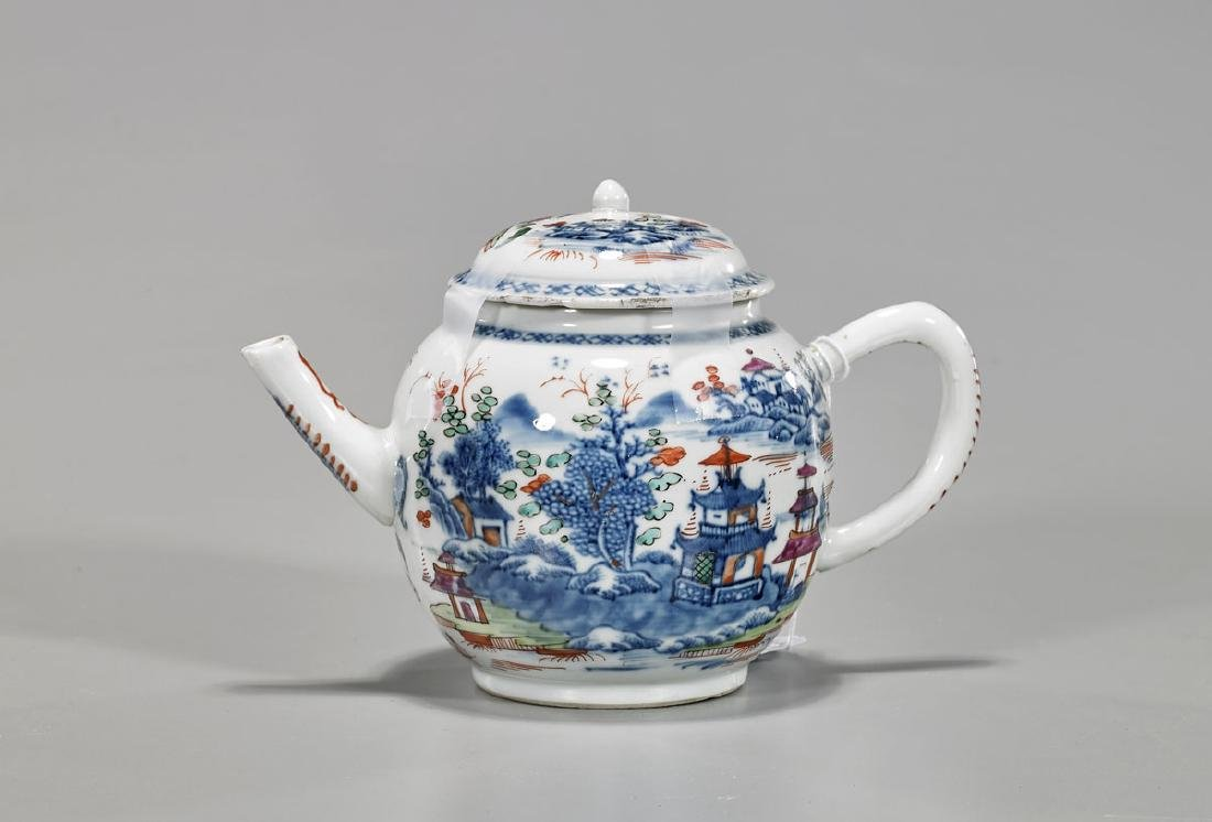 Chinese Export Porcelain Teapot