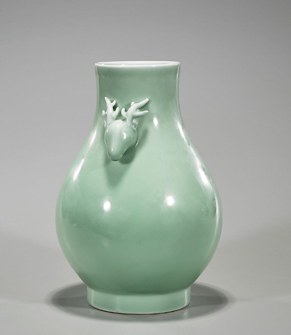 Qing-Style Celadon Glazed Porcelain Vase - 2