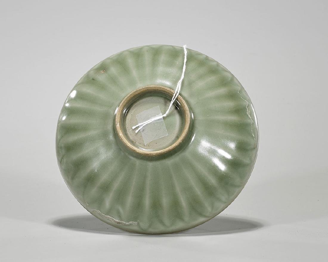 Antique Song-Style Celadon Glazed Bowl - 2