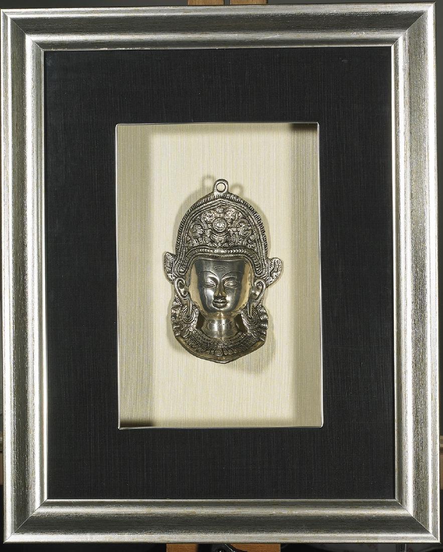 Two Sino-Tibetan Bronze Heads of Buddha - 2