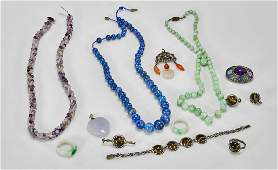Group of Thirteen Jewelry Pieces