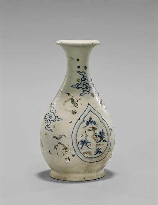 Antique Vietnamese Blue White Porcelain Vase