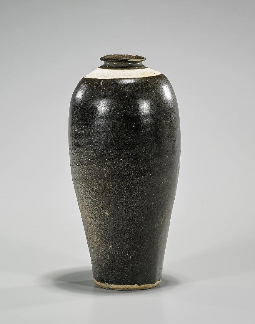 Chinese Song Dynasty Brown Glazed Pottery Vase