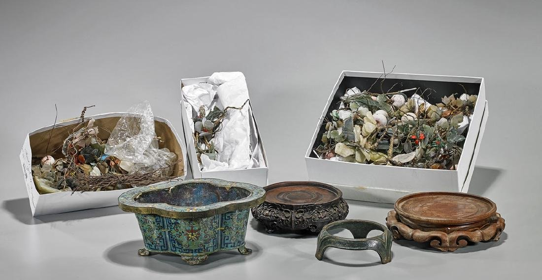 Large Group of Various Chinese Pieces