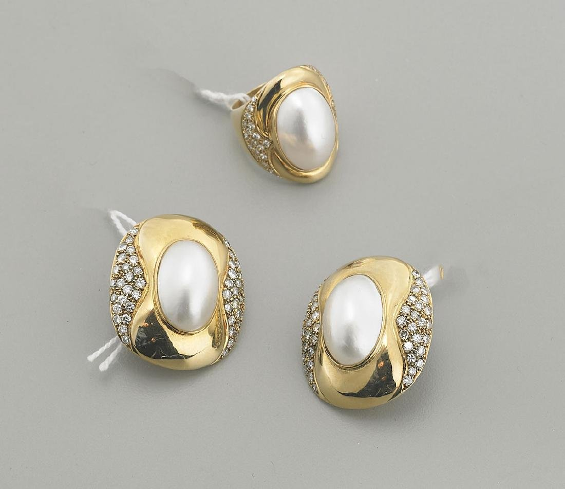 Diamond, Pearl & 18K Yellow Gold Jewelry Suite