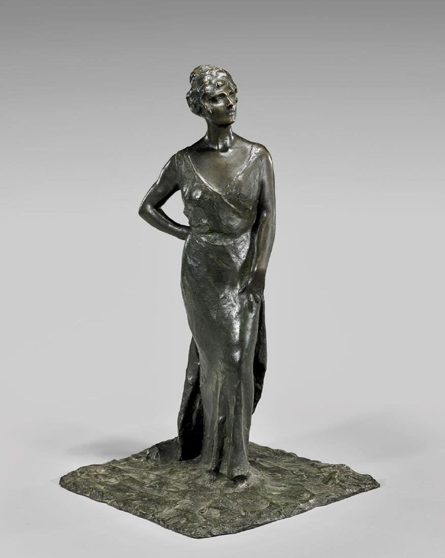 OLD BRONZE SCULPTURE OF A WOMAN