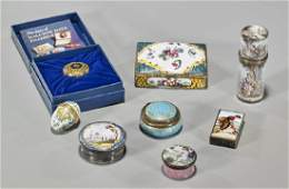 Group of Vintage Old  Antique Miniature Boxes