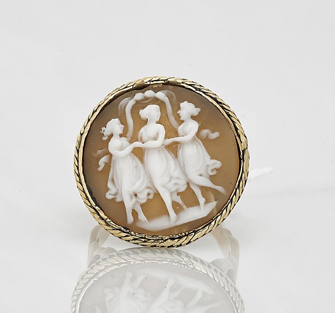 14K Yellow Gold Cameo Agate Ring