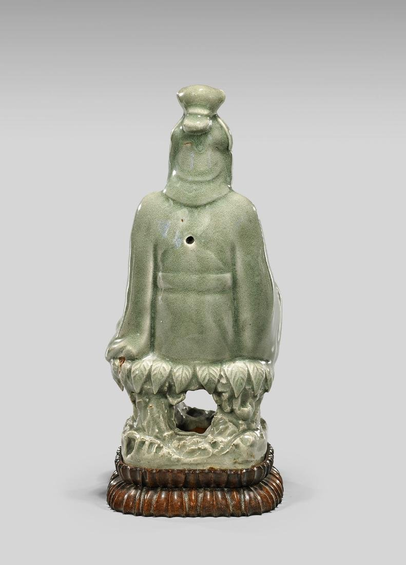 MING DYNASTY CELADON FIGURE OF GUANYIN - 2