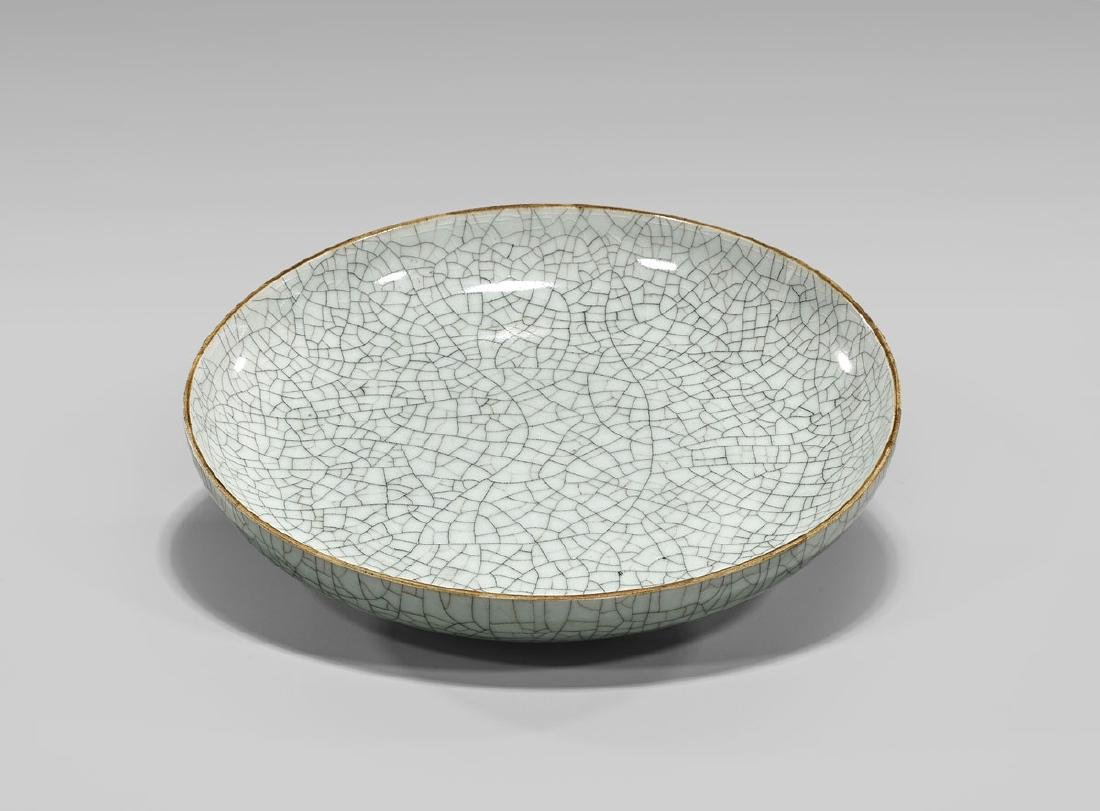 19TH CENTURY CRACKLE-GLAZED DISH