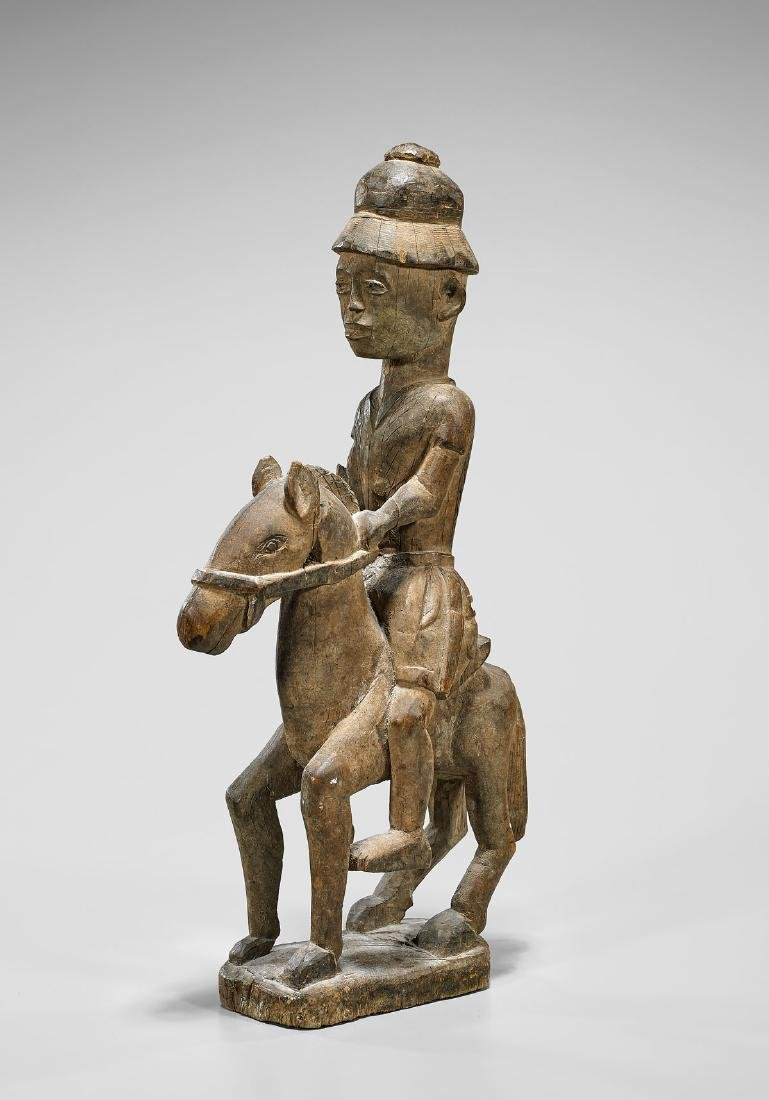 BAULE COLONIAL CARVED WOOD HORSE & RIDER