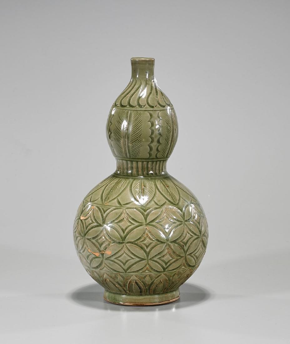 Chinese Song-Style Celadon Glazed Vase
