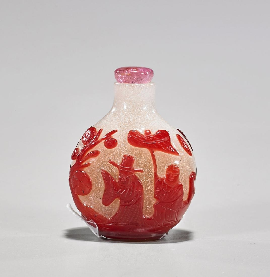 Old Chinese Red Overlay Snowflake Glass Snuff Bottle