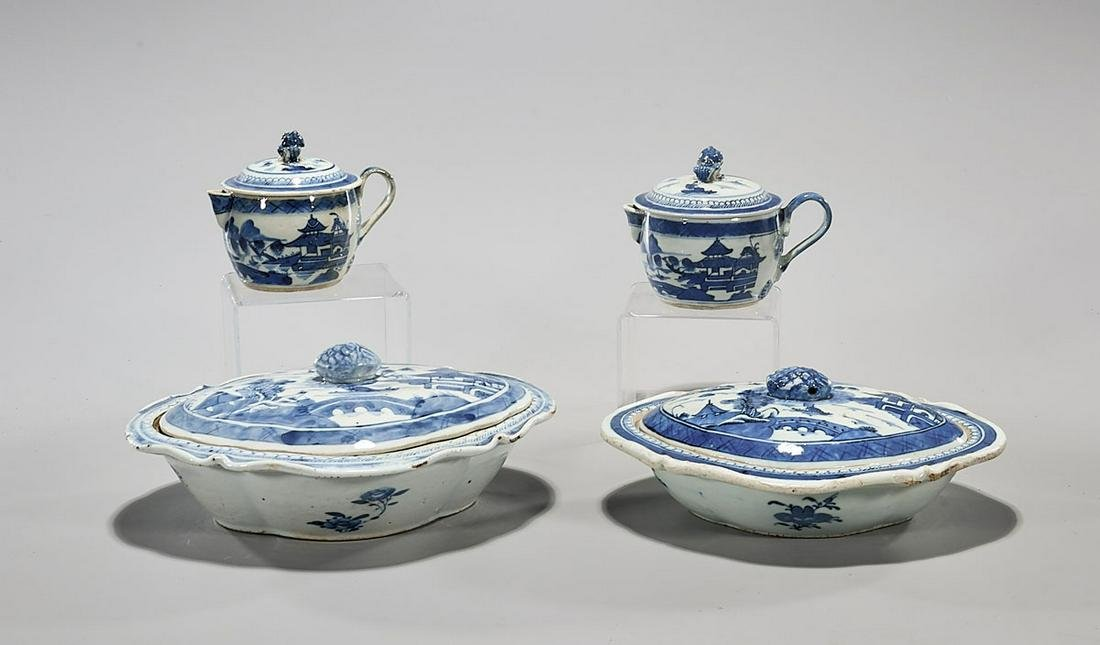Group of Four Chinese Export-Style Blue & White