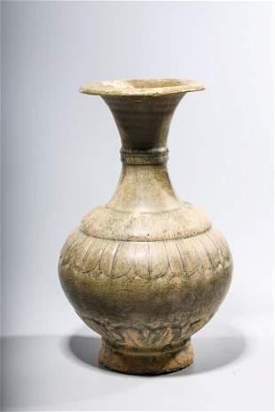 Chinese Green Crackle Glazed Ceramic Vase