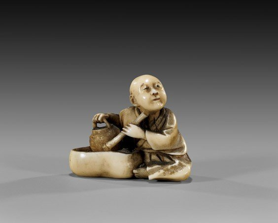 1: ANTIQUE IVORY NETSUKE: Seated Man