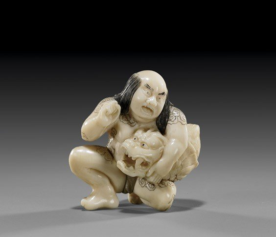 14: CONTEMPORARY IVORY NETSUKE: Warrior