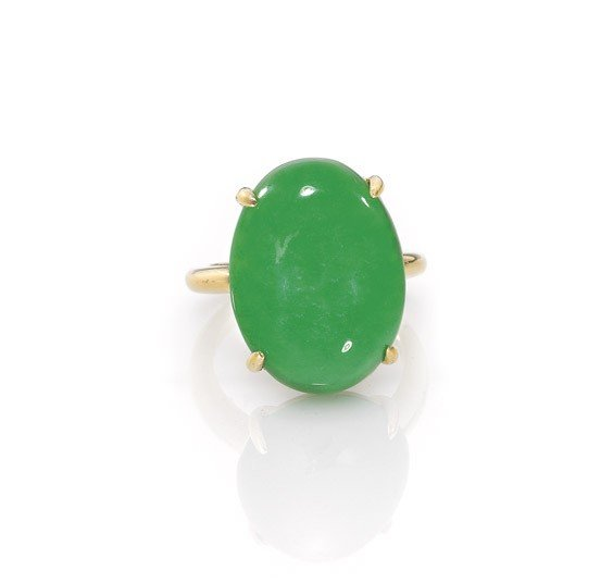 369: 18K YELLOW GOLD & JADEITE RING
