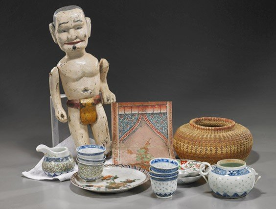 8: Group of Various Asian Items