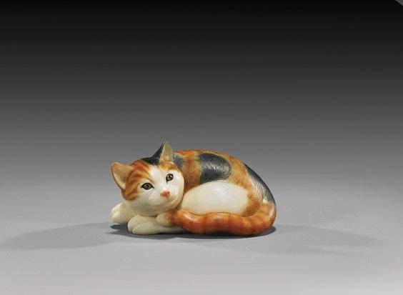 13: CONTEMPORARY IVORY NETSUKE: Cat