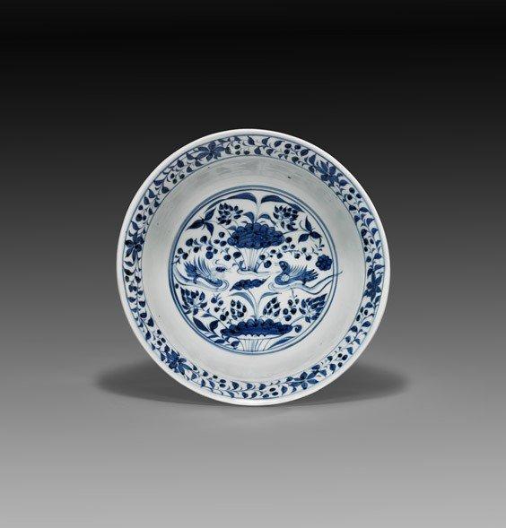 247: IMPORTANT LARGE YUAN BLUE & WHITE BOWL