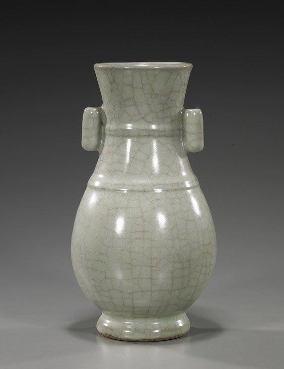 80: Chinese Song-Style Crackle Glazed Vase