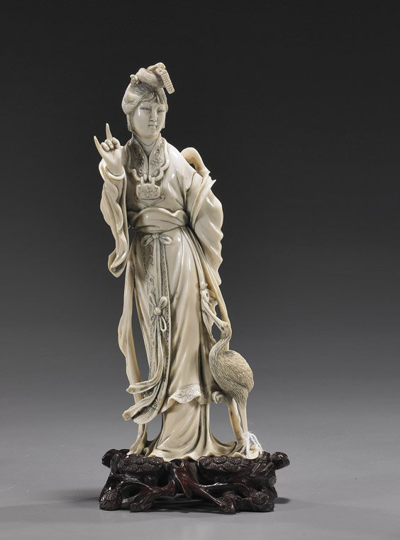 117: Chinese Carved Ivory Beauty