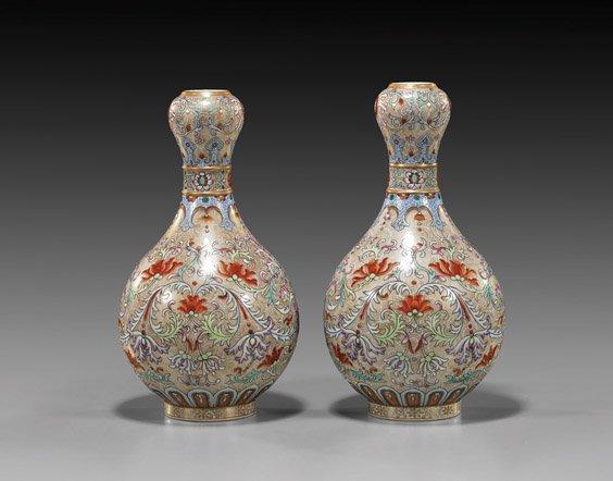 221: Pair Chinese Famille Rose Porcelain Vases