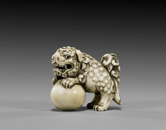 6: ANTIQUE IVORY NETSUKE: Shi-Shi