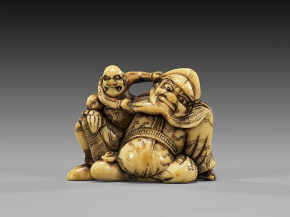 19: ANTIQUE IVORY NETSUKE: Demon & Shoki