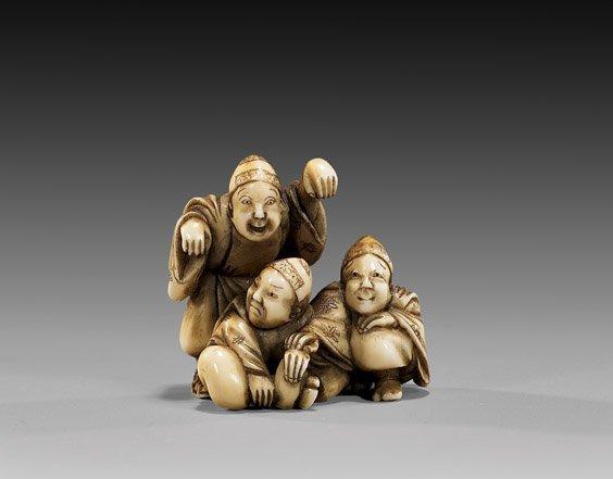 20: ANTIQUE IVORY NETSUKE: Three Figures