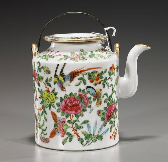 10: Old Chinese Famille Rose Porcelain Teapot