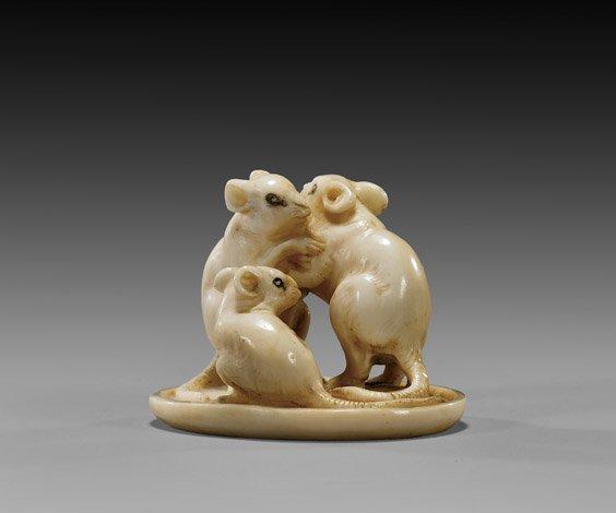 8: ANTIQUE IVORY NETUSKE: Three Rodents