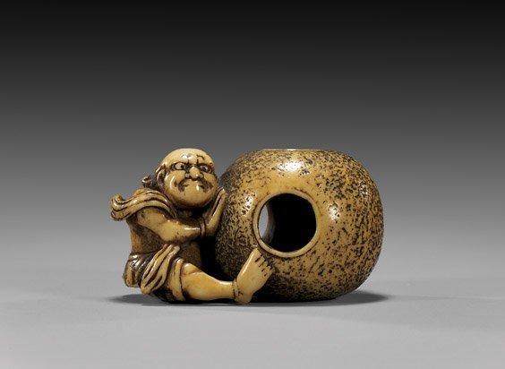 24: ANTIQUE IVORY NETSUKE: Figure & Ball