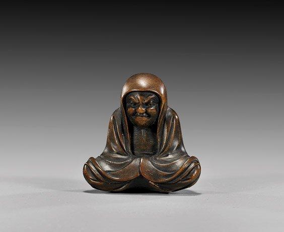 8: ANTIQUE WOOD NETSUKE: Bodhidarma