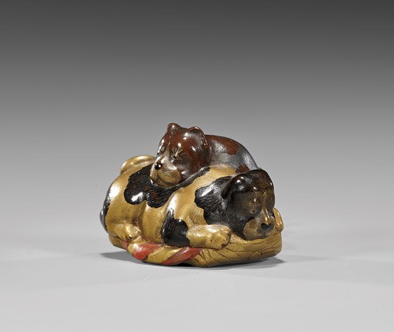 ANTIQUE CARVED WOOD NETSUKE: Puppies