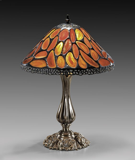 TIFFANY-STYLE AGATE LAMP SHADE