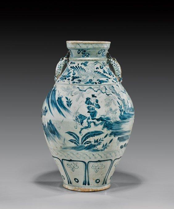 IMPORTANT YUAN DYNASTY BLUE & WHITE JAR