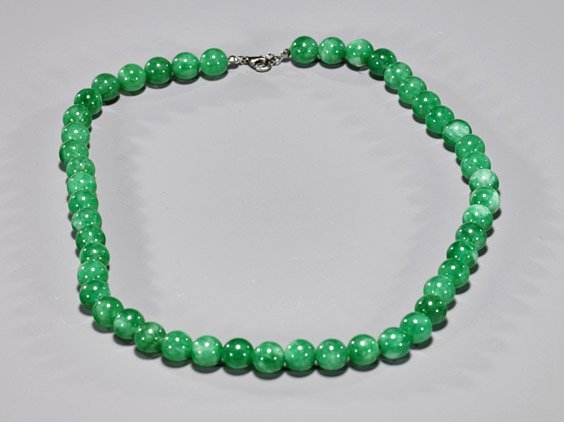 Chinese Apple Green Jade Bead Necklace